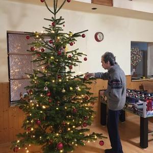 Weihnachtsbaum schmücken, 23.12.19